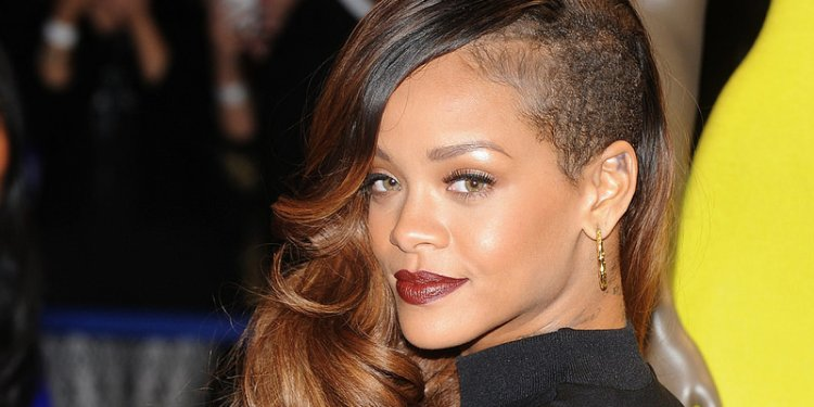 Rihanna Haistyles and Haircuts