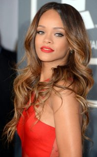 Rihanna brown ombre for long tresses